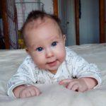 Заставка для - СМА медленно убивает малыша Ратмира